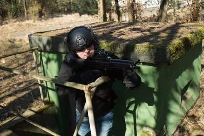 Lasertag Berlin - Underground Lasergame bei Berlin - Kämpfe Dich durch die Base - jetzt buchen